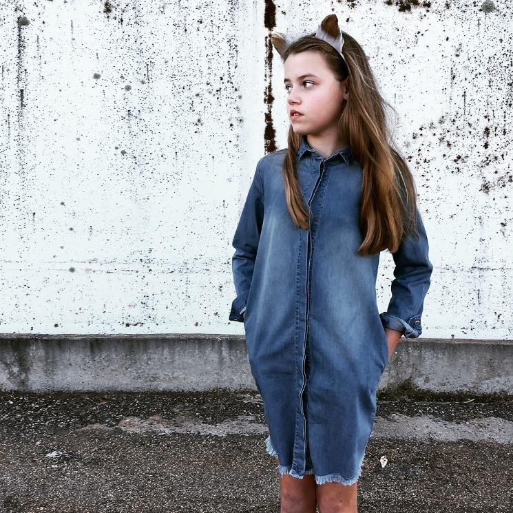 tween girl wearing 'I dig denim' dress