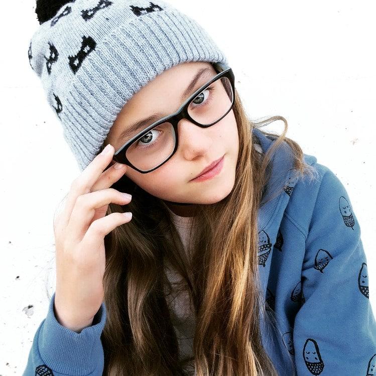 tween girl wearing minti fashion