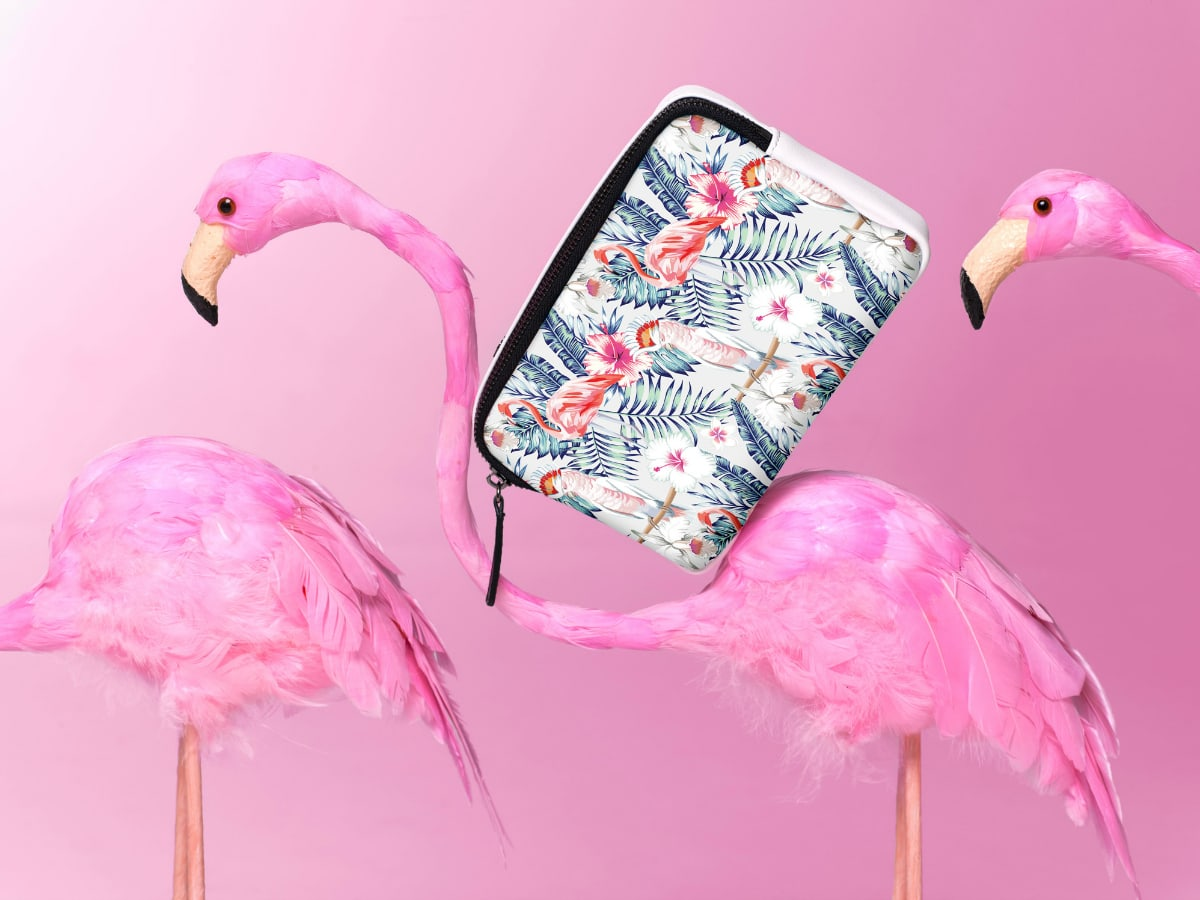 Jeunesse-Designs-flamingos_body_bag_1200x900