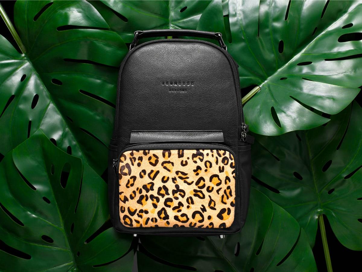Jeunesse-Designs-leopard_back_pack_jeunesse_1200x900