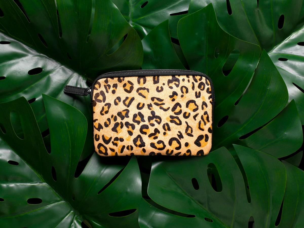 Jeunesse-Designs-leopard_body_bag_1200x900