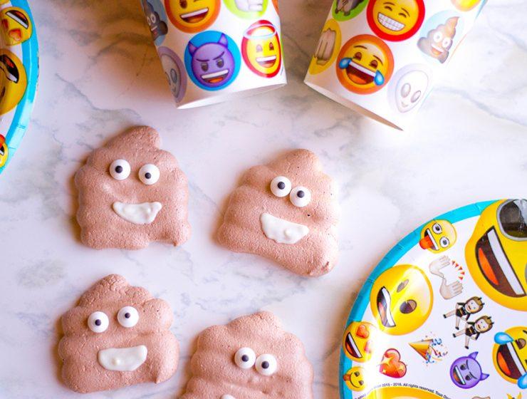 poop emoji cookies