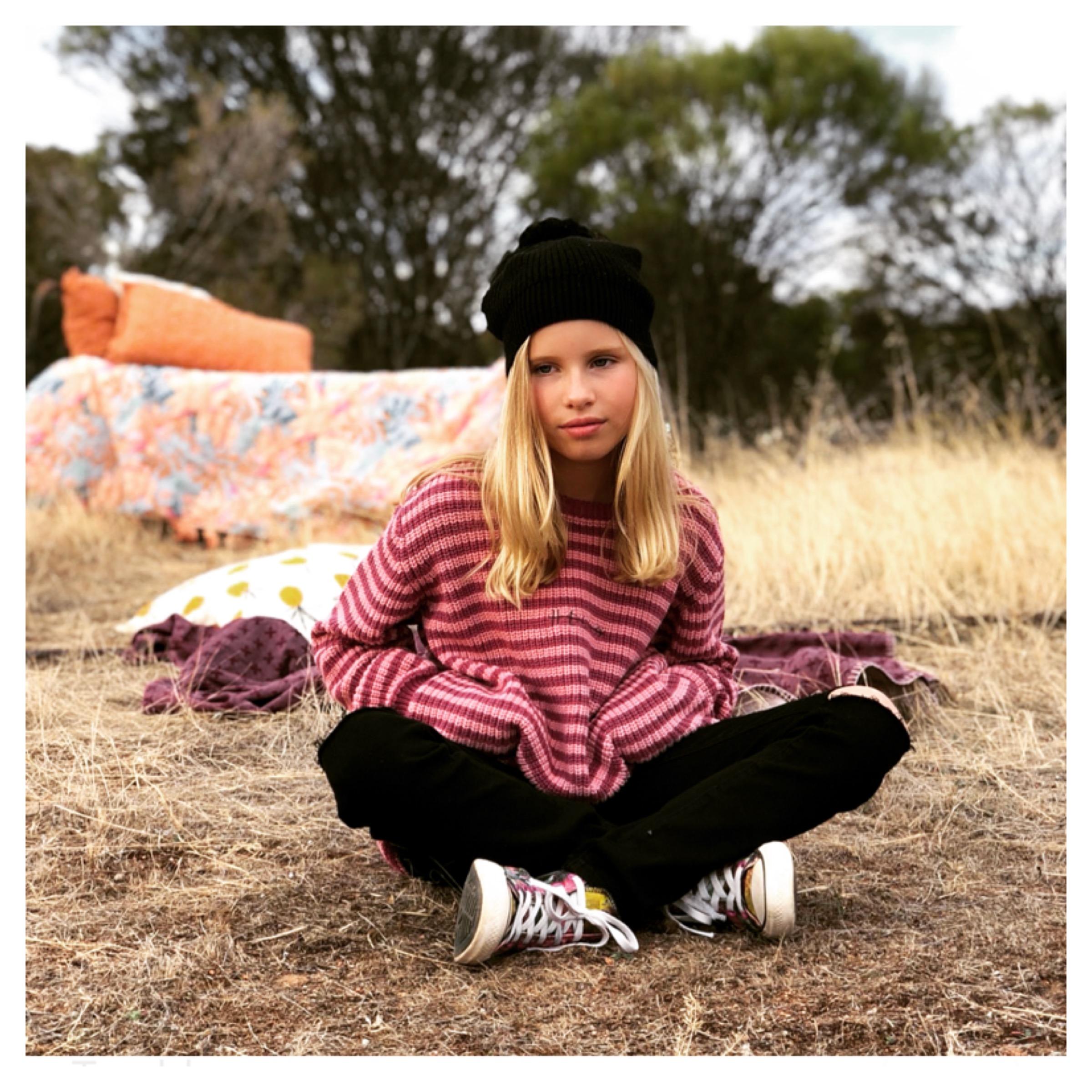 tween girls clothing photoshoot