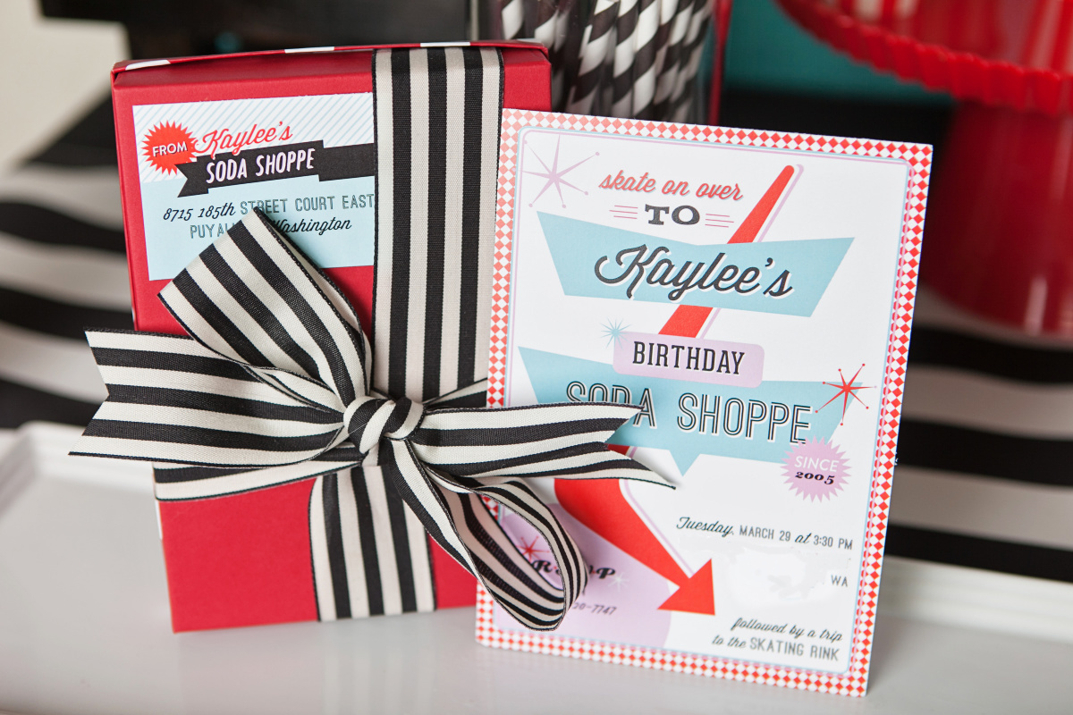 Retro party invitations - tween party ideas